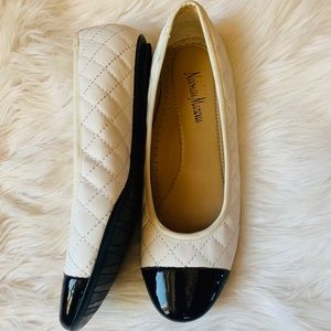 Neiman Marcus Black/White Quilted Ballet flats